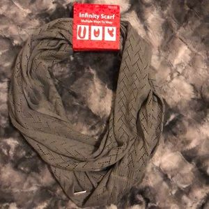 Other - Women's Gray infinity scarf